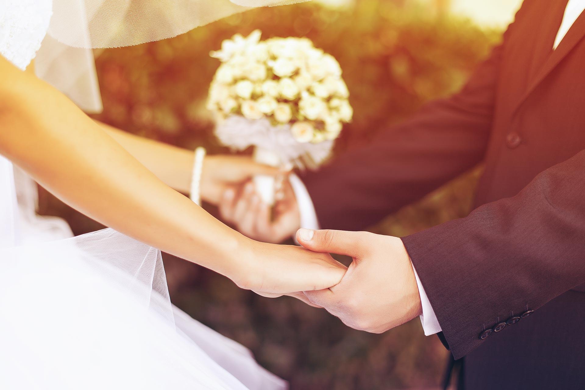 You\'re Invited: Wedding Inspo - Borderfree